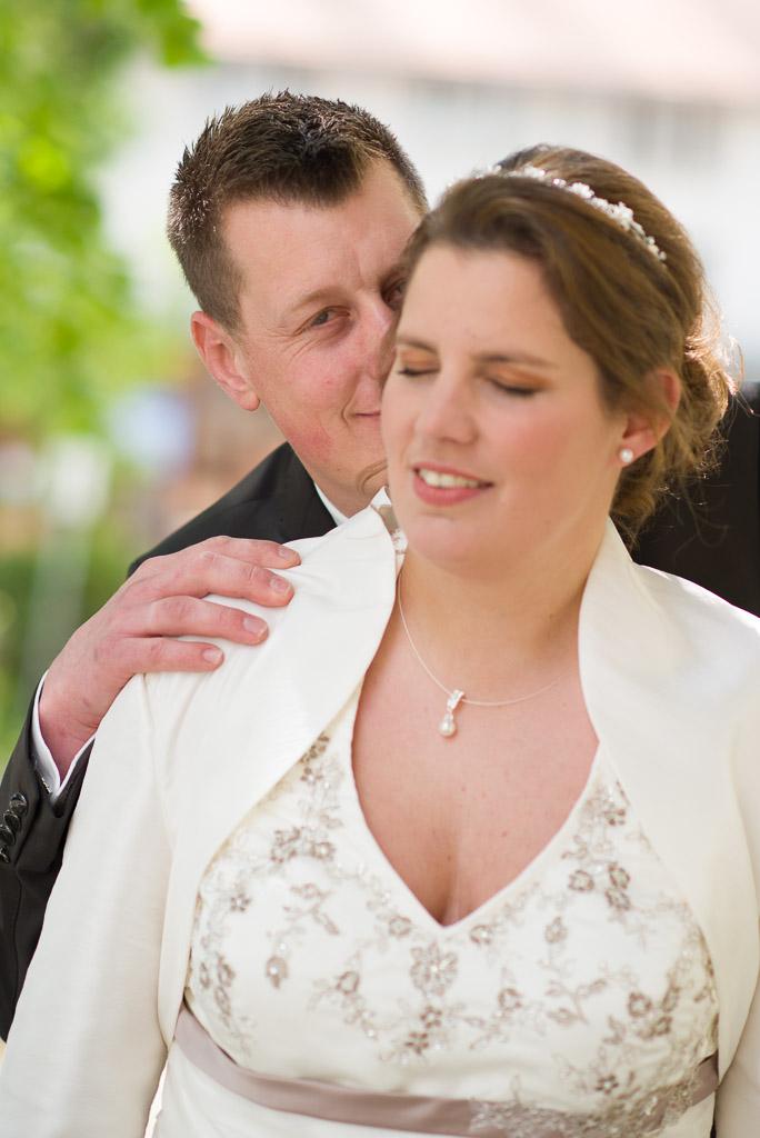 Im Reiat läuten die Glocken für das Hochzeitspaar